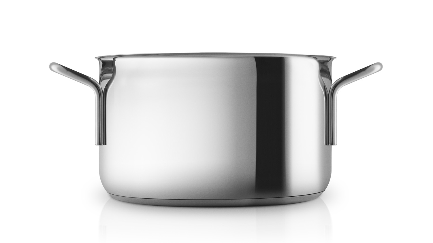 <p>The series are made of stainless steel, and the pans come with either a non-stick Slip-Let® or ceramic coating. The encapsulated sandwich base has an aluminium core, which ensures that the heat is distributed faster and more evenly.</p> <p><strong>The Stainless steel series is good for: Ragouts, soups, pasta, potatoes and vegetables.</strong></p>