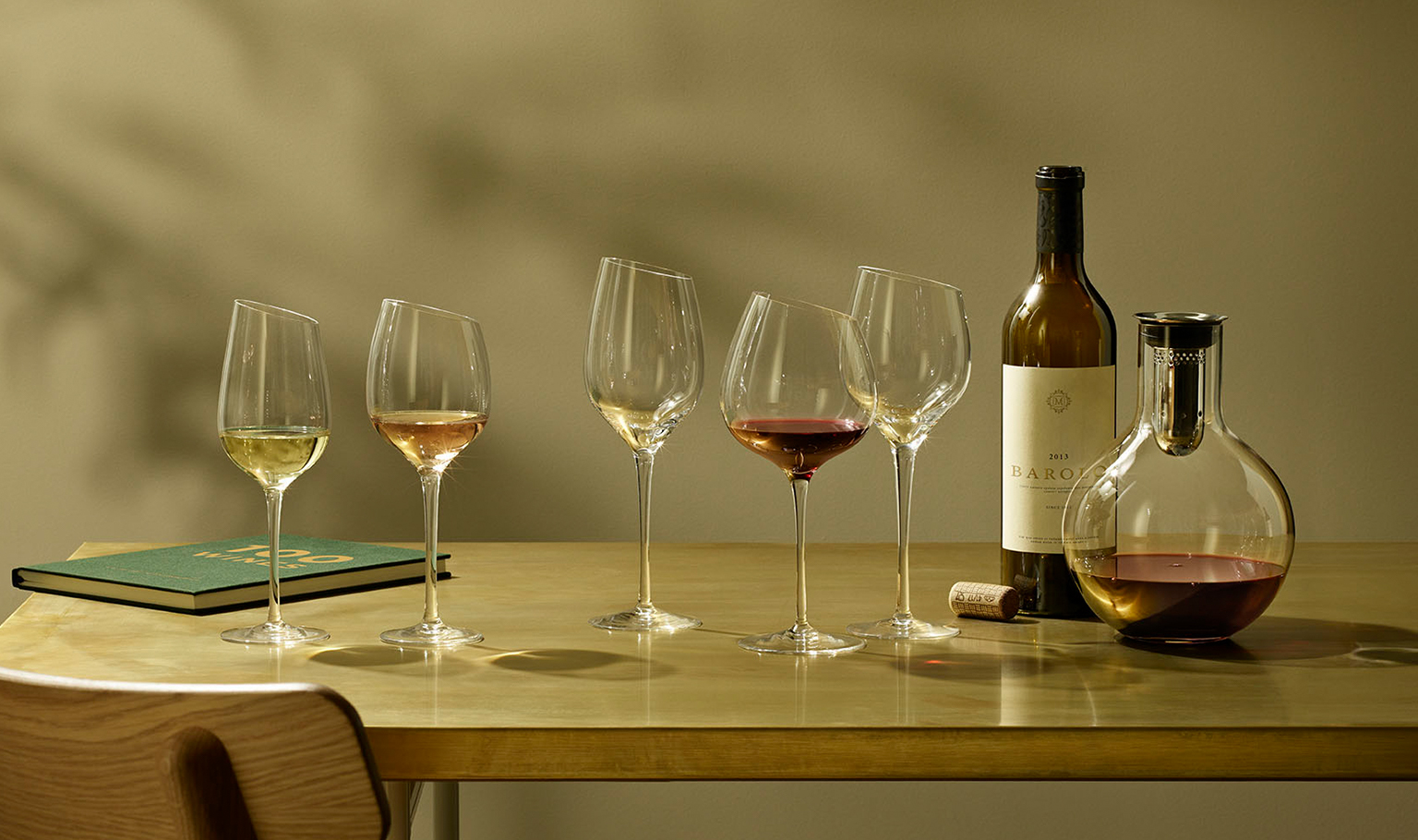 <p>Enjoy a glass of wine under the open sky. We have wine glasses to suit any occasion.</p>